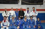 Academia Gilberto Dias de Jiu-Jitsu promove exame de faixa