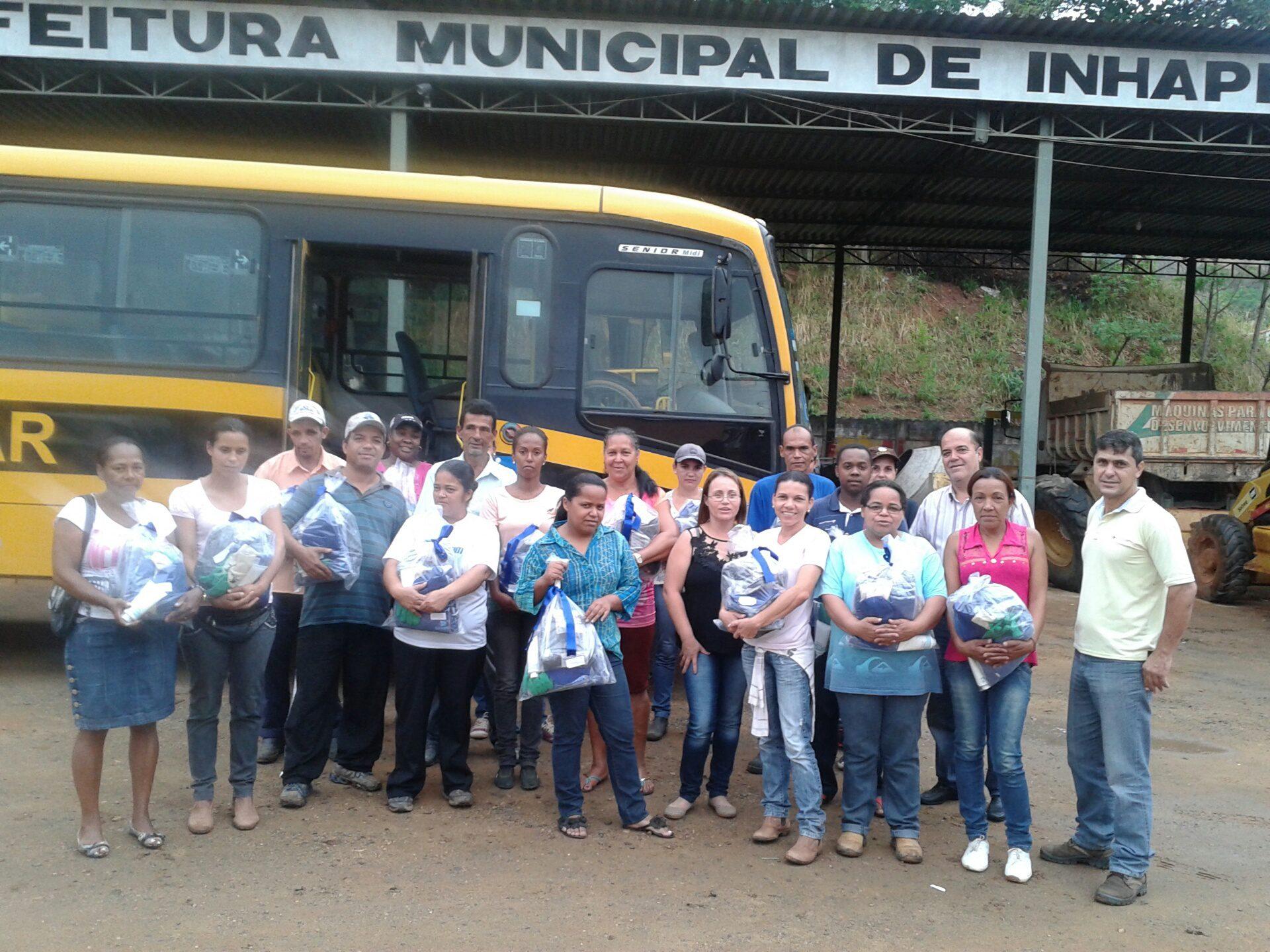 Prefeitura de Inhapim entrega kit de proteção aos funcionários da ... 3cfe2c05e7