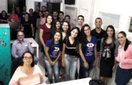 Estudantes de Administração participam de aula no Departamento de Comunicação e em estúdio da UNEC TV