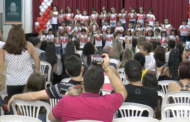 Escola faz homenagem ao Dia das Mães relembrando personagens heroicas de desenhos animados