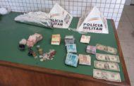 PM cumpre mandado e apreende drogas e dinheiro no Vale do Sol