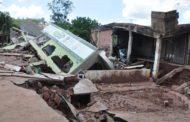 Alagamento deixa cenário de destruição em Imbé de Minas
