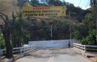 Prefeitura afirma que ponte interditada na Dário Grossi oferece risco à população